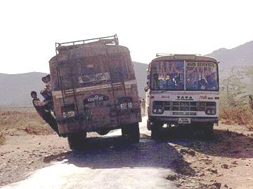 buses-india.jpg