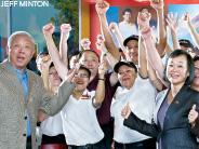 BusinessWeek Spotlights Panda Express and its Work with Landmark Education