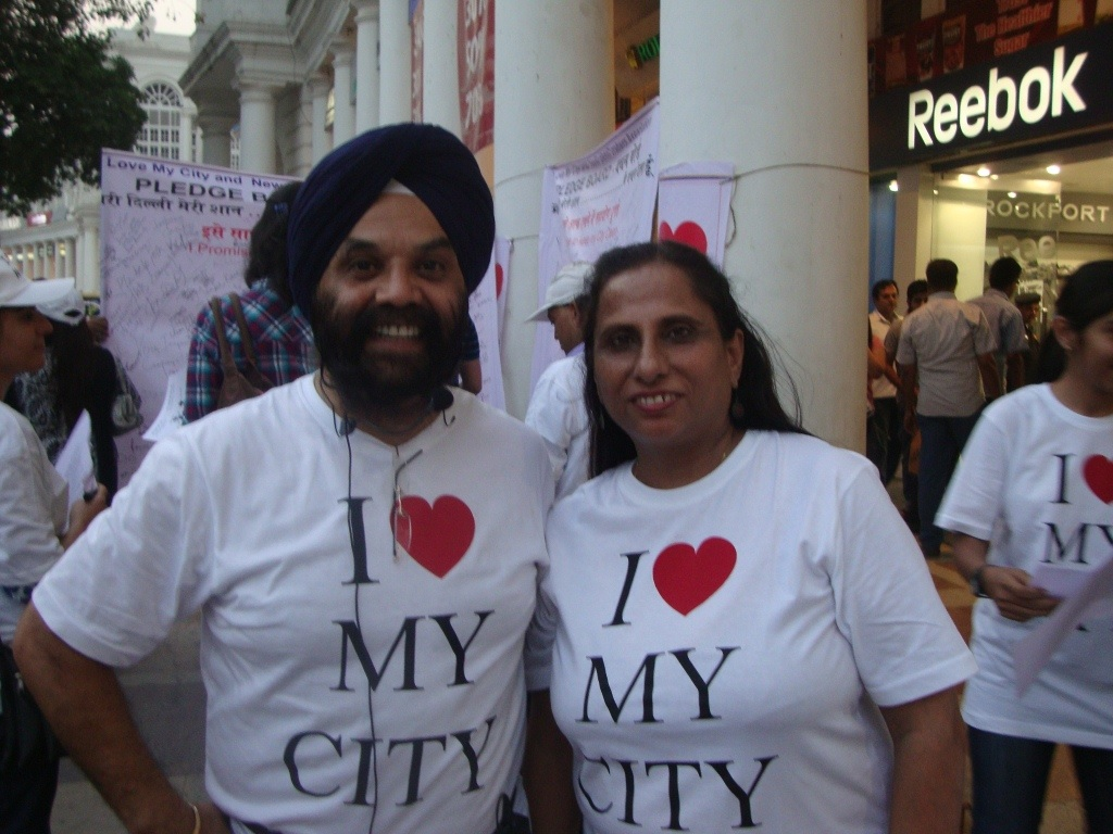 "Volunteers for ""I Love My City"" Contribute Instead of Complaining"