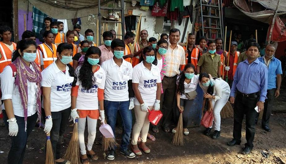 ChakaChak Bandra Cleans up City
